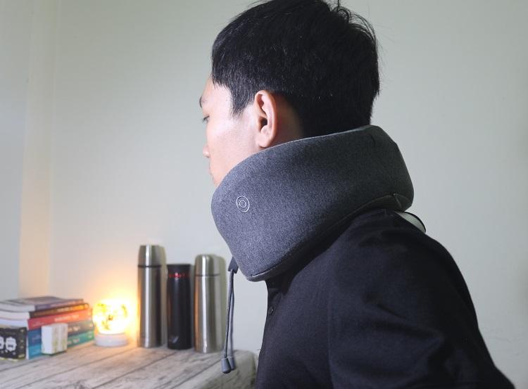 đánh giá gối massage cổ xiaomi lr-s100