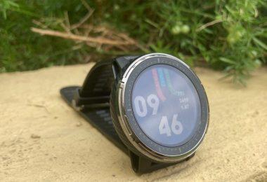đồng hồ Amazfit Stratos 3